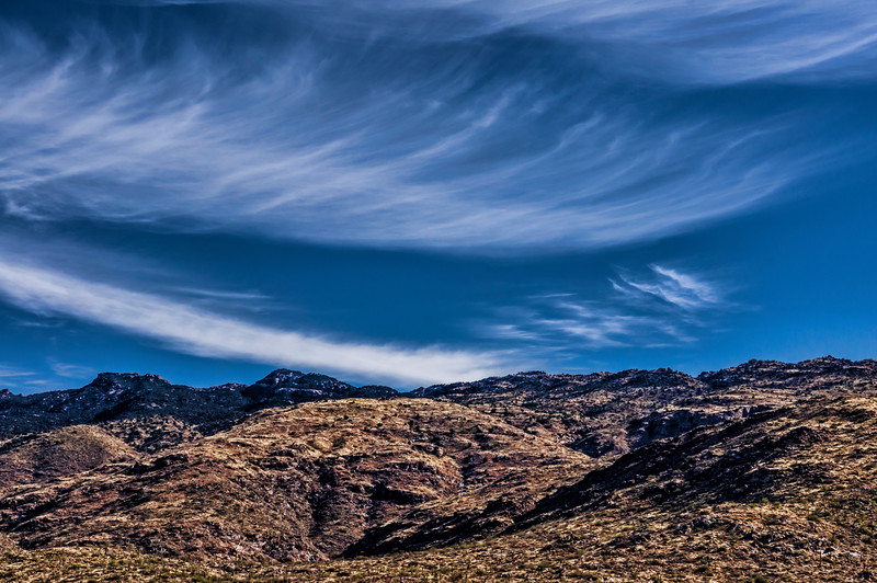 Winds aloft.  Clouds tell the story.
